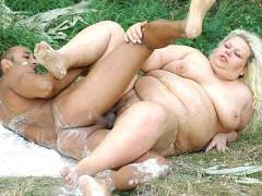Fat Mature Hottie Having Outdoor Sex